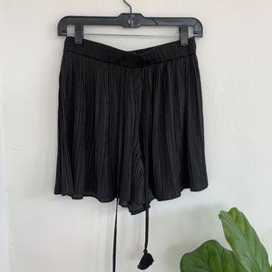Zara Pleated Short